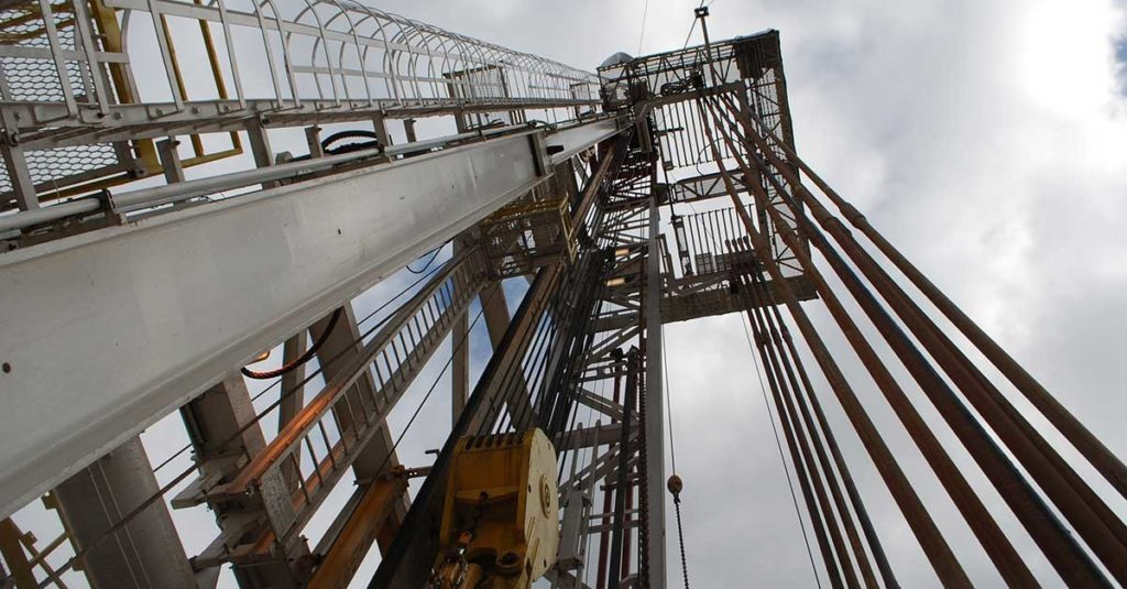 Shale oil drilling rig